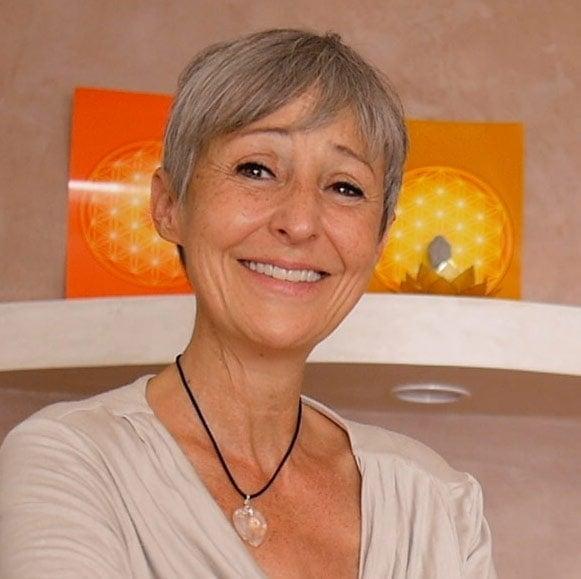 Yasmina Hug Réflexothérapeute Hypnothérapeute
